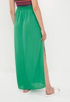Missguided - Split maxi skirt - green