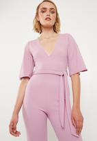 530a66528a3 Plunge kimono sleeve jumpsuit - lilac Missguided Jumpsuits ...
