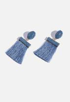 Cotton On - Beaded curtain earring - blue