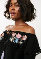Missguided - Embroidered tier pom pom bardot - black
