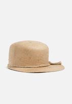 Superbalist - Peak cap with rafia trim - natural