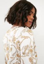 Missguided - Drape plunge flare sleeve bodysuit chain - multi