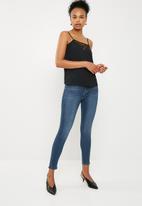 Cotton On - High rise grazer skinny jean - blue