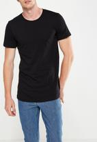 Cotton On - Essential longline curved hem tee - black