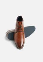 Gino Paoli - Ryan lace up boot - tan