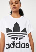 adidas Originals - Boxy trefoil tee - white & black
