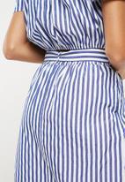 Superbalist - Paperbag pencil skirt - blue & white