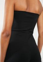 Missguided - V bar bandeau jumpsuit - black