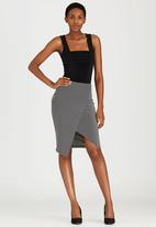 edit - Knit Wrap Skirt Black and White