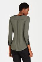 Cherry Melon - Basic Stripe Pocket T-shirt Khaki Green
