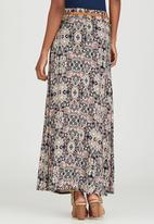 Revenge - All-over Print Maxi Skirt Mid Pink