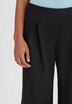 STYLE REPUBLIC - Wide Leg Pant Black