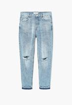 MANGO - Relaxed Cropped Mom Jeans Pale Blue