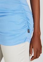 Cherry Melon - Side Gauge Short Sleeve Top Blue
