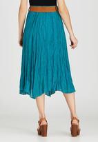 Revenge - Belted Crinkled Midi Skirt Mid Green