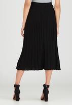 STYLE REPUBLIC - Midi Pleated Knitwear Skirt Black