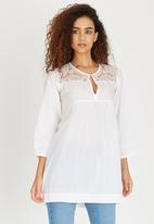 G Couture - Embroidered Tunic Top White