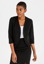 edit - 3/4 Sleeve Cropped Jacket Black