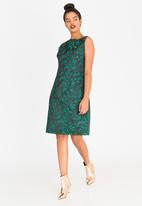 G Couture - Sleeveles Shift Dress Green