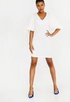 STYLE REPUBLIC - Volume Sleeve Dress Off White