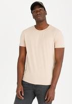 STYLE REPUBLIC - Sussex Basic T-shirt Stone