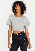 c(inch) - Cropped T-shirt Grey
