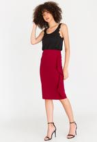 edit - Pencil Skirt with Frills Dark Red