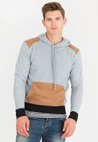 STYLE REPUBLIC - Quilted Fleece Hoody Grey
