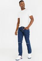 STYLE REPUBLIC - Nord Rip & Repair Straight Leg Jeans Navy