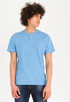 STYLE REPUBLIC - Casual T-shirt - blue