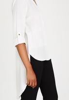 Closet London - Cross Over Hi-Low Shirt White