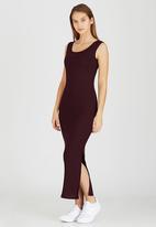 STYLE REPUBLIC - Ribbed Maxi Dress Dark Red