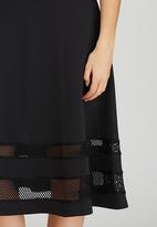 STYLE REPUBLIC - Mesh Inset Midi Skirt Black