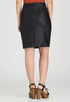 Brave Soul - Zip Front Leather-look Skirt Black