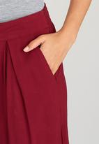 STYLE REPUBLIC - Culottes with Pleats Dark Red