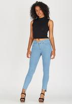 STYLE REPUBLIC - Stepped Ankle Fray Jeans Mid Blue