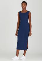 STYLE REPUBLIC - Ribbed Maxi Dress Navy