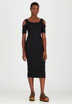 STYLE REPUBLIC - Cold Shoulder Ribbed Dress Black