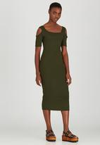 STYLE REPUBLIC - Cold Shoulder Ribbed Dress Dark Green