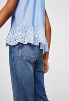 MANGO - Lace detail top - blue