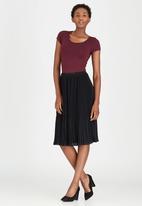 edit - Pleated Chiffon Skirt Black