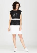 Isabel de Villiers - Laser Cut Boxy Dress Black and White