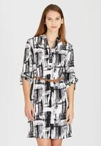 edit - Tunic with Roll-up Sleeve Detail Black and White
