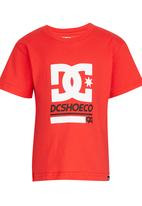 DC - Throwback Star Tee Red