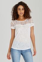 SISSY BOY - Ollie Linen Logo Tee with Crochet Off White