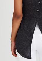 c(inch) - Back Detail Tank Top Dark Grey