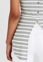 c(inch) - Back Detail Tank Top Grey
