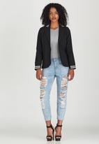 STYLE REPUBLIC - Sports Luxe Blazer Black