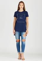 c(inch) - High-low T-shirt Navy