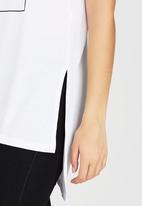 c(inch) - High-low T-shirt White